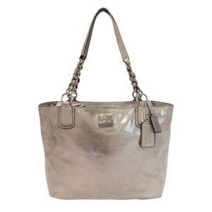 Coach 18694 East West Chelsea Leather Tote Bag